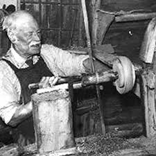 George Layley was one of the last true bowl turners, who made wooden bowls for the ammunition factories during the Second World War
