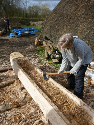 Using an axe to chop out gob cuts, making the removal of the wood inbetween much easier.