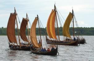 Roar Ege among other Viking replica boats Roskilde 2007